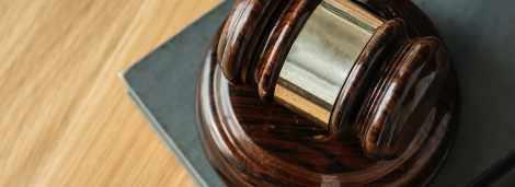 Ubezpieczyciel nie chce należycie pokryć szkód. Do jakiego sądu należy się zwrócić?